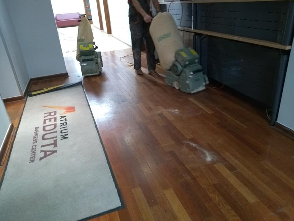 cyklinowanie podłogi w Atrium Reduta
