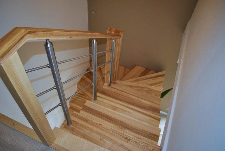 schody drewniane Warszawa Starówka